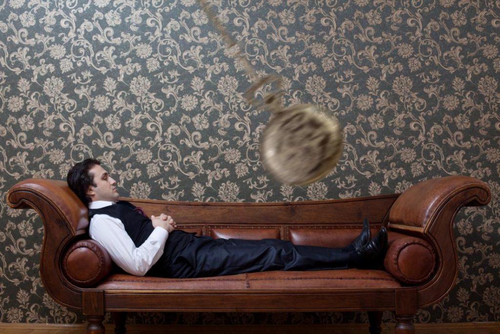 hypnotized-man